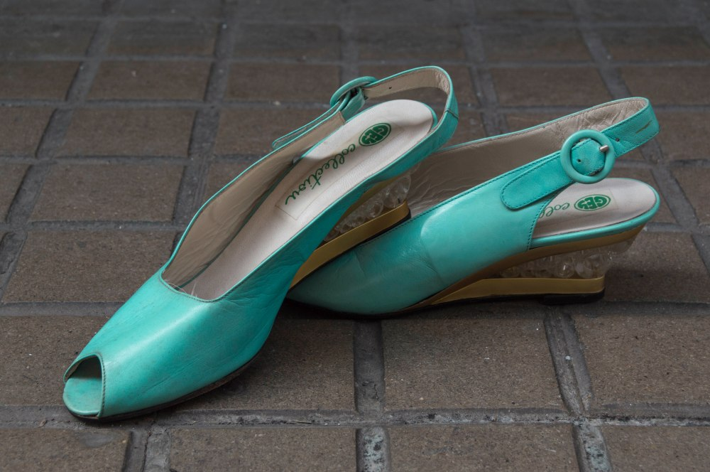 Green Vintage Shoes, size 39 - lightly used